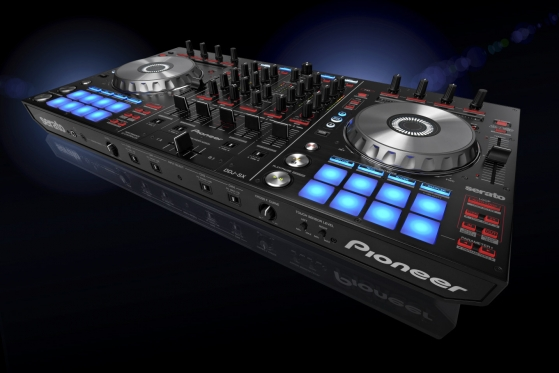Looks like Pioneer finally gets it right for USB DJ controllers