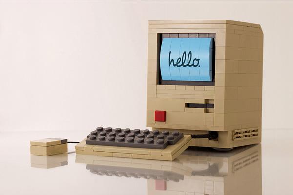 LEGO-macintosh-computer-1