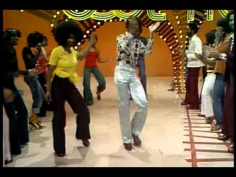 VDBmbGVVTzdaYmcx_o_earth-wind-fire-mighty-mighty-soul-train-dancers