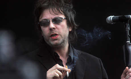 Ian-McCulloch-of-Echo-and-007