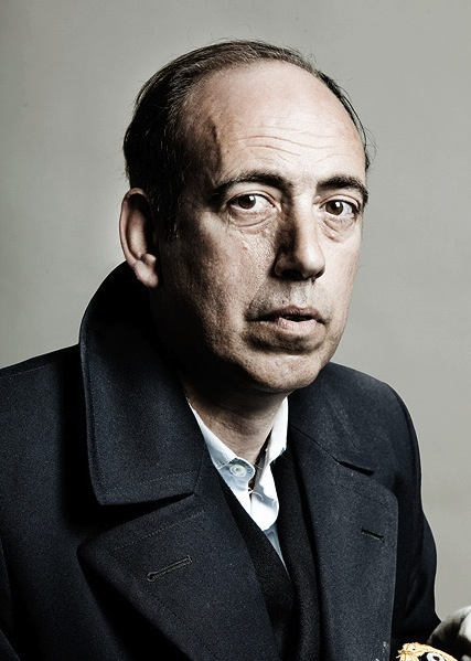mick-jones-gorillaz-shoot