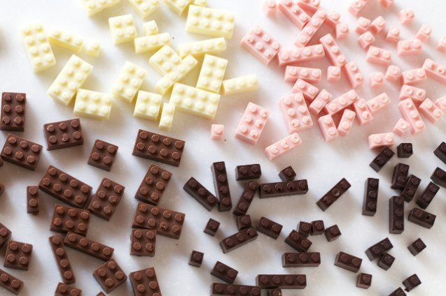 chocolate-lego-3
