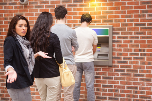 people-waiting-at-atm